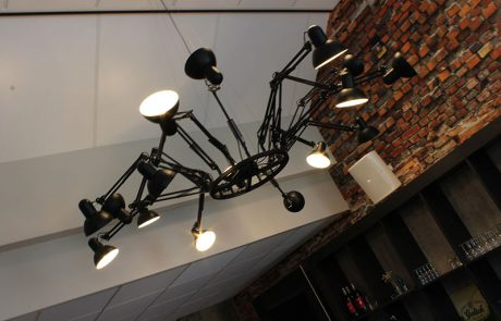 BinnenID_dorpshuus_IJzerlo_lamp